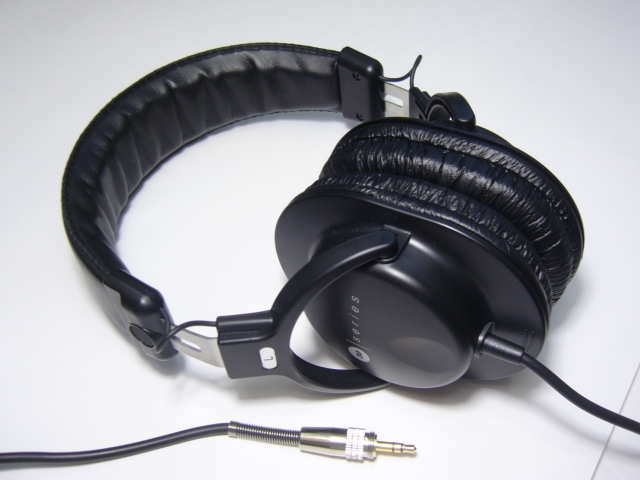 Audio-Technica ATH-M30 Headphone